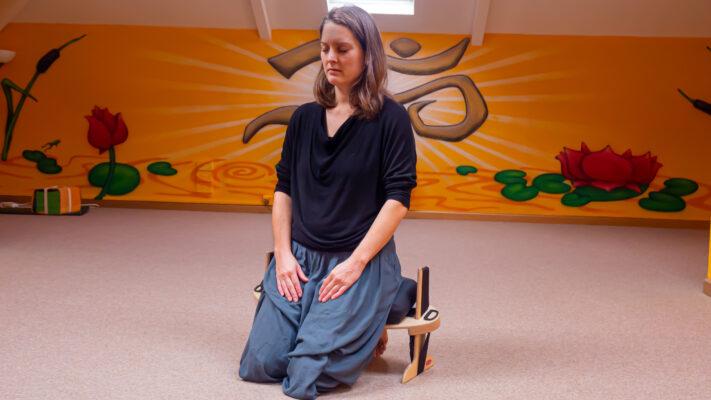 Meditation & Mindfulness on a Kindseat adjustable meditation bench